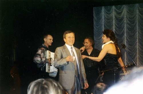 """Юбилей С. И. Маклакова. С """"Братьями Жемчужными"""", 1999 год"""