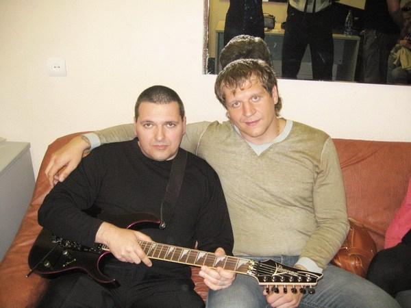 с А. Емельяненко