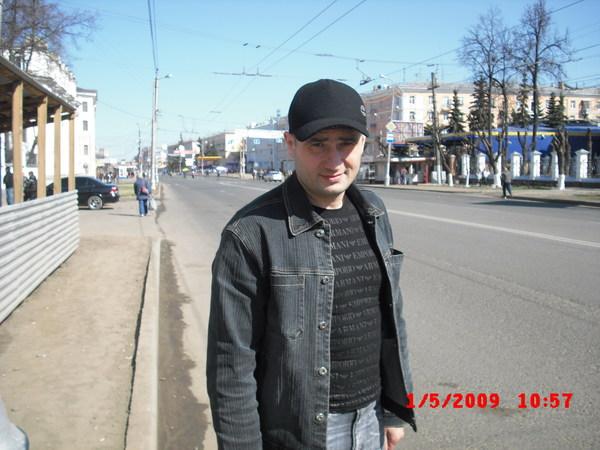 Павел Ростов