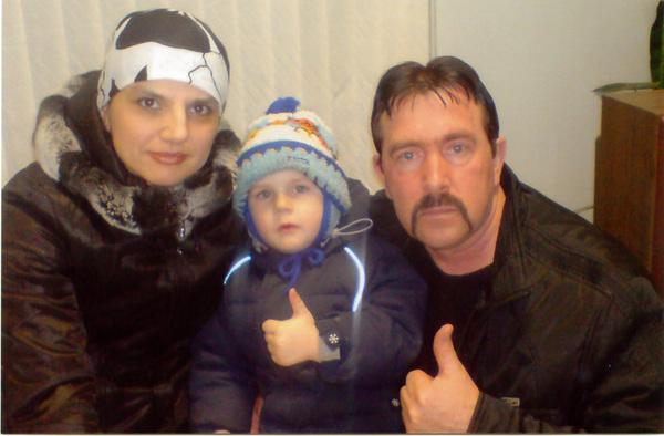 Владимир Ждамиров с Анной Ниткиной и её сыном