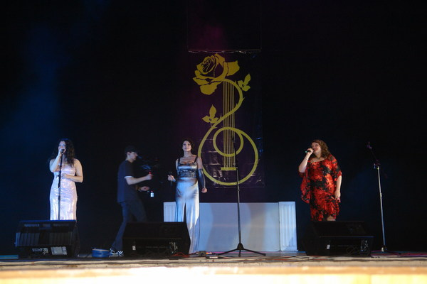 Лала Хопер, Любовь Шепилова и Вера Снежная