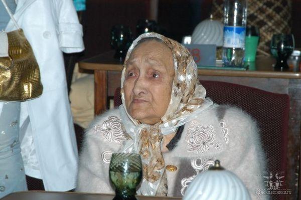 мать Бориса Тохтахунова