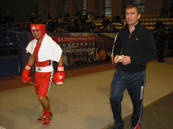 Ильез Каюмов (СКА Санкт-Петербург) и его тренер Г. П. Хлобыстин