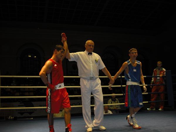 победил Ильез Каюмов (СКА Санкт-Петербург)