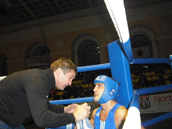 Мадади Нагибеков (СКА Санкт-Петербург)и его тренер Геннадий Хлобыстин