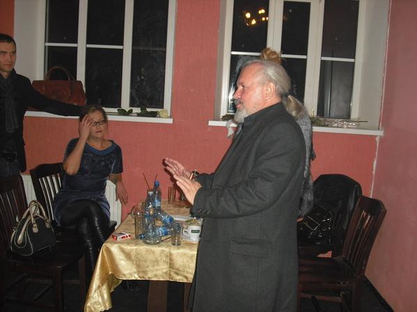 настоятель Храма Казанской Божьей матери отец Валерий