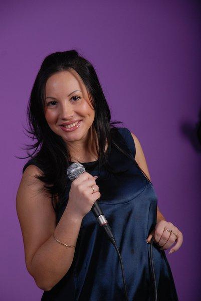 вокалистка группы - Юлия Тимофти