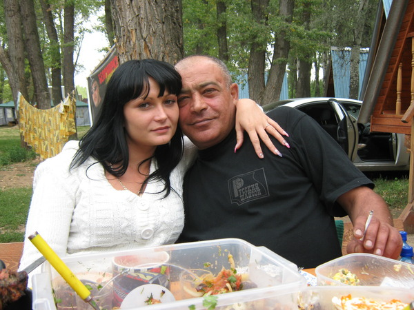 с женой на природе