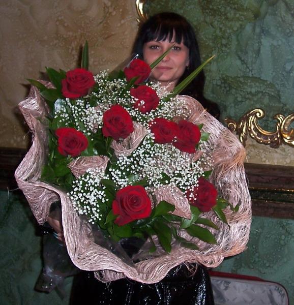 Юля и розы