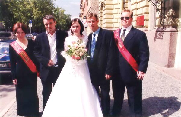 на свадьбе администраторов Музея шансона Оксаны и Андрея Булаковых в Санкт-Петербурге