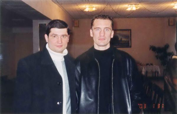 П. Ростов и ст. тренер федерации СКА по боксу Г. П. Хлобыстин (1.02.2003 г.)