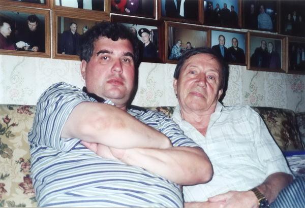Евгений Гиршев и С. И. Маклаков в Музее шансона