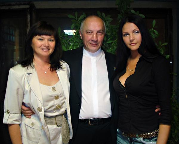 Мила Руденская, Ольгя Вольная и В. Окунев. г. Иваново - 2010 г.