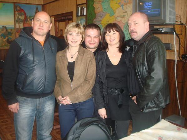Наталья Волга, Оля Вольная, Николай Озеров и его друзья