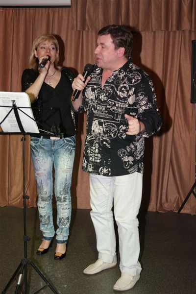 Лора и Михаил Шелег