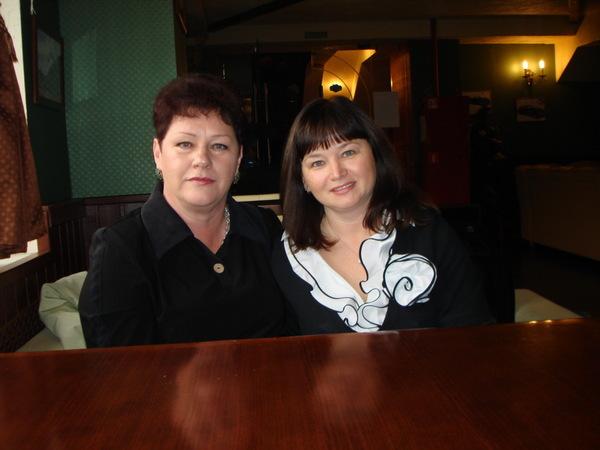 Нина Караева и Оля Вольная