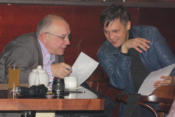 жюри совещается - В. Окунев и Дмитрий Лаутало