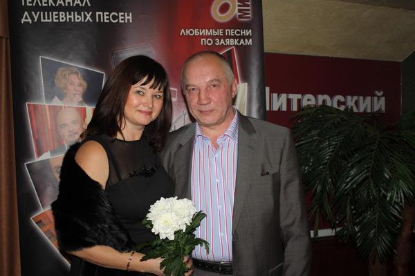 Оля Вольная и В. Окунев