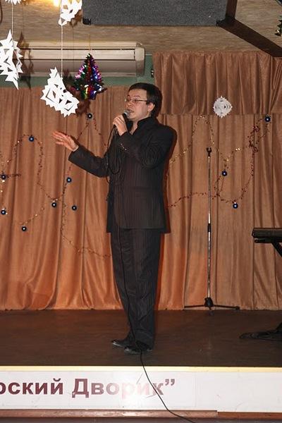 Ведущий финального конкурса и член жюри - Николай Орловский