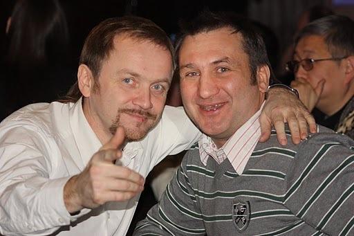 Владимир Шишов и член жюри Евгений Новожилов (в студии которого и будет записываться песня победителя конкурса)