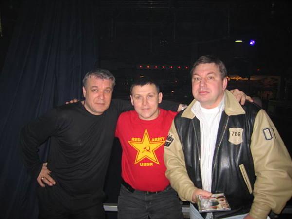 А. Дюмин, Ю. Белоусов, М. Шелег