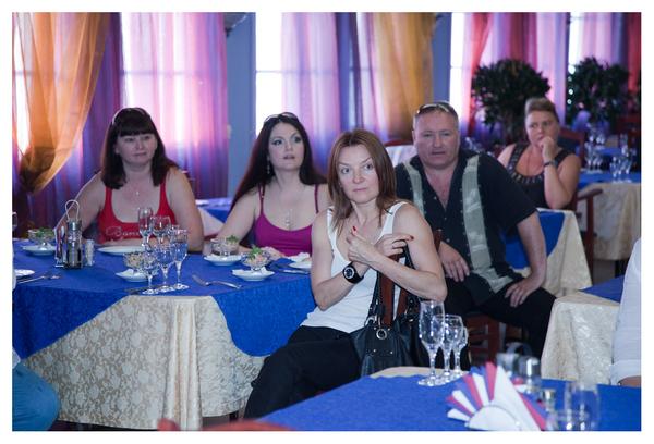 И что так переживает Таня Дяченко, если она участница Гала-концерта?!!