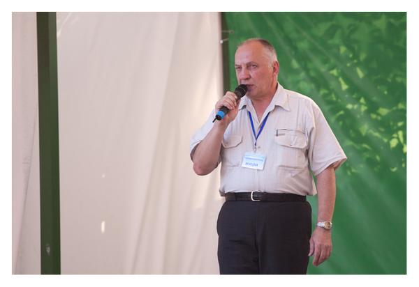 Председатель жюри фестиваля Окунев Владимир СТепанович - владелец Музея шансона, Санкт-Петербург