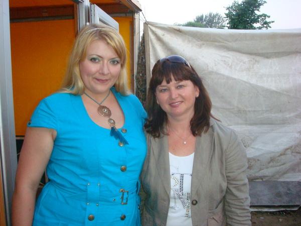 Маша Абрикосова и Оля Вольная