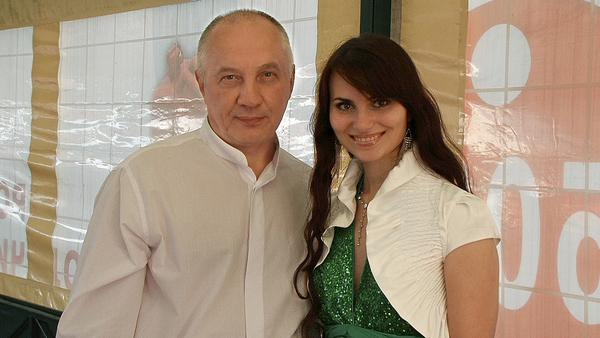 Олия и В. Окунев