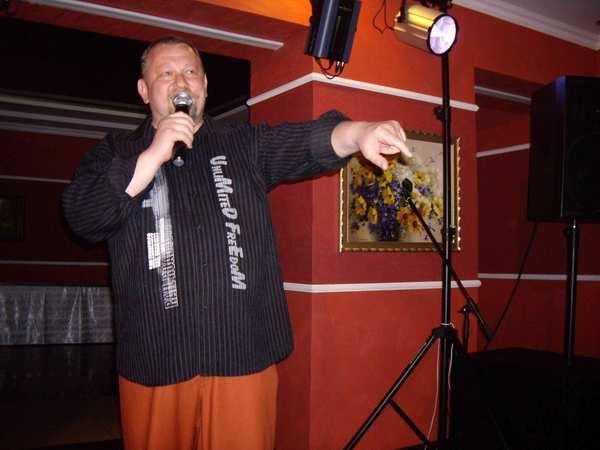 Артур Шуляк – актёр, медийное лицо РБ, директор отборочного фестиваля отобрал для участия в финале лишь пять исполнителей