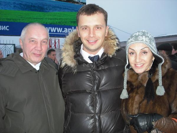 В. Окунев, Сергей Пономарёв, Афина