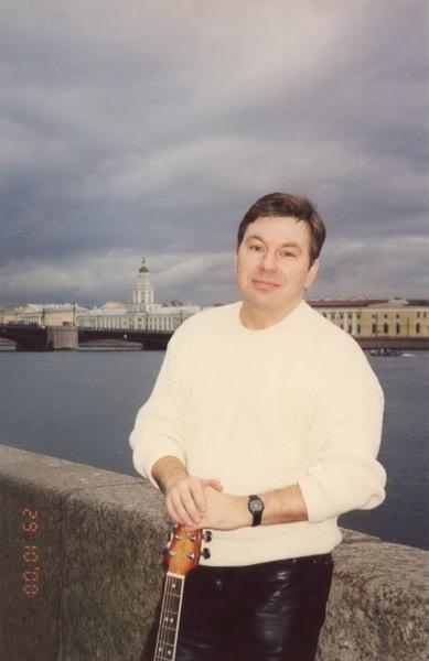 Михаил Шелег на наб. Невы