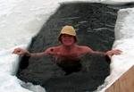 Виктор Березинский в России. В проруби у Игоря Бабенко, февраль, 2006 г.