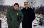 Юрий Кацап и Ильдар Южный на могиле А. Северного