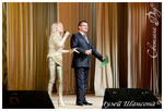 ведущие Гала-концерта Лора Виталь и Николай Орловский