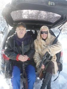 Г. Жаров и С. Питерская на охоте