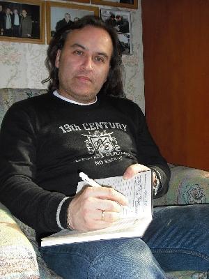Олег Шведов